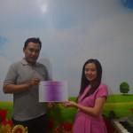 Pak Dhani mendapatkan sertifikat dari Yeshua Mandarin. Selamat pak!!!